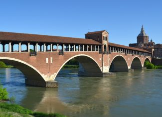 Pavia, a perfect day trip from Milan