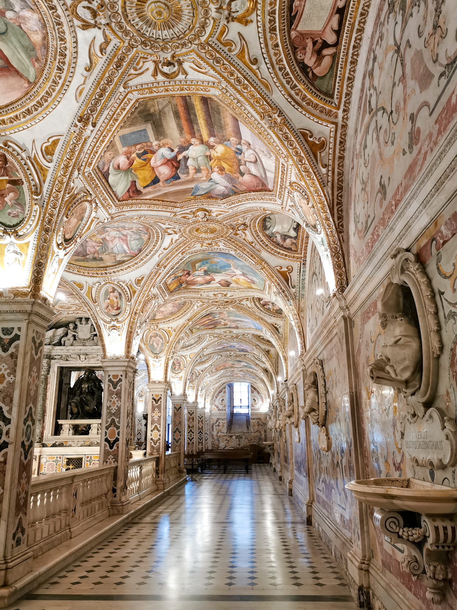 Salerno-cathedral-crypt