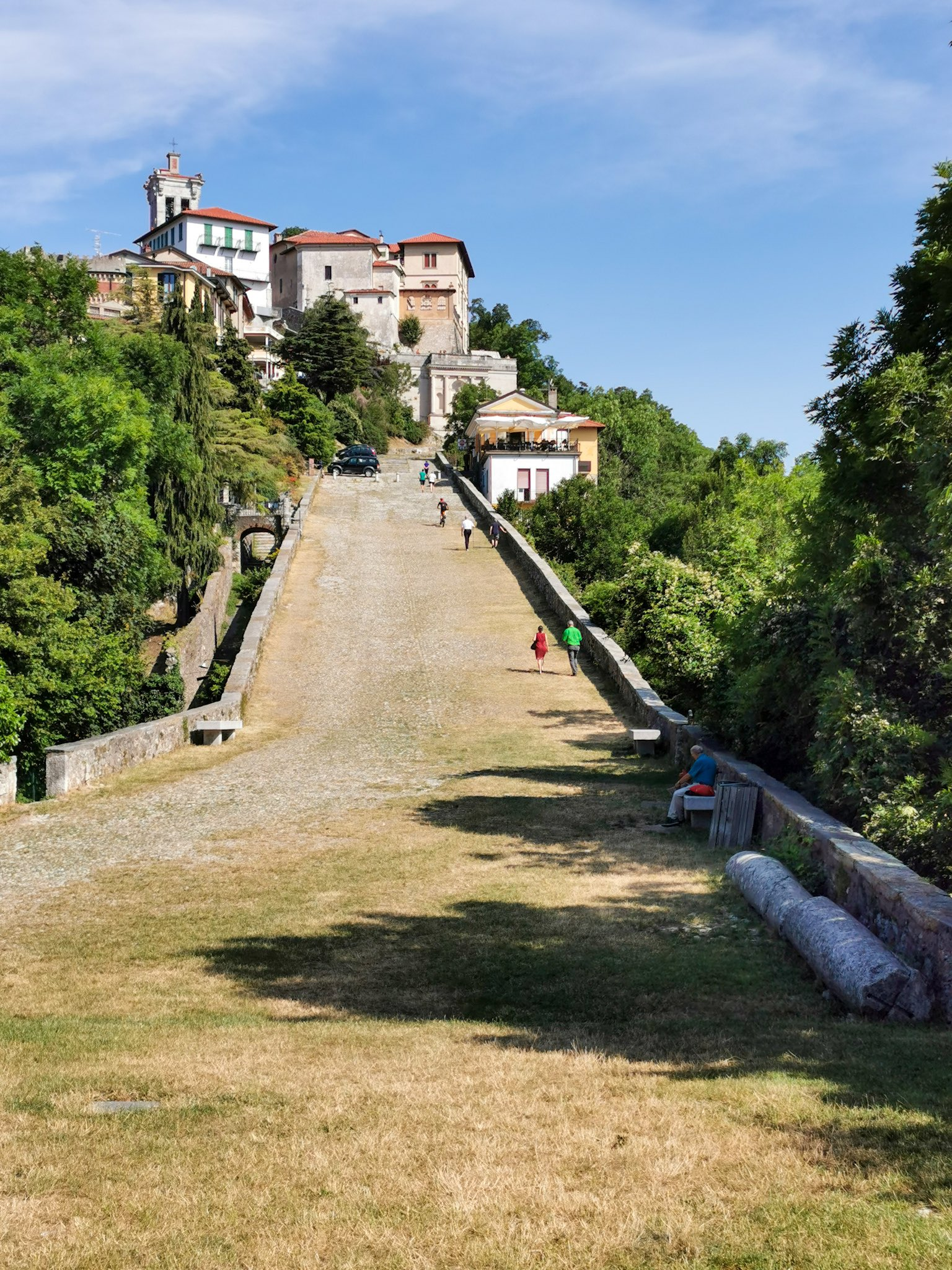 The Chapels Train at Sacro Monte di Varese