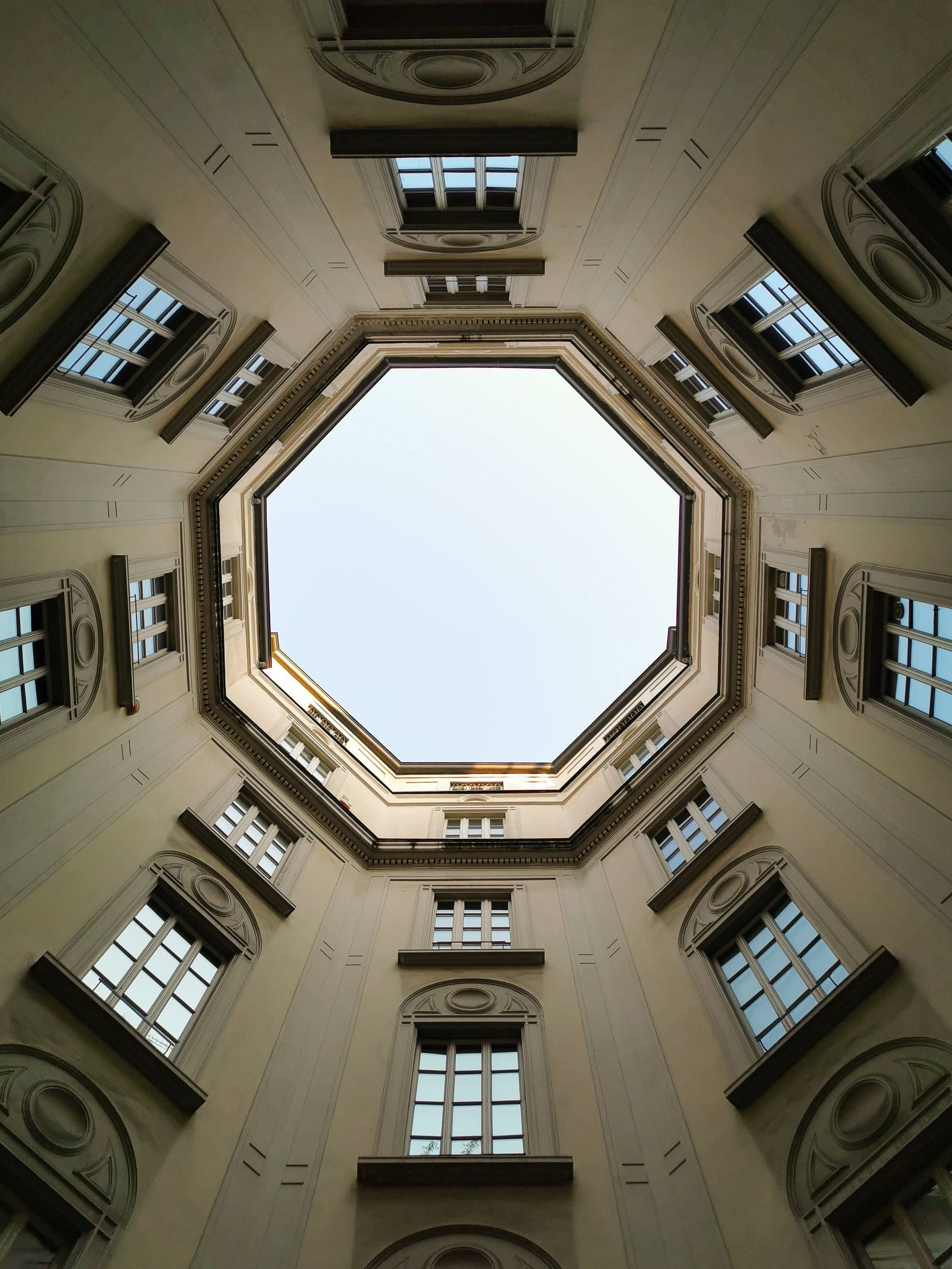 The octagonal-shaped courtyard of Casa Rossi in Milan