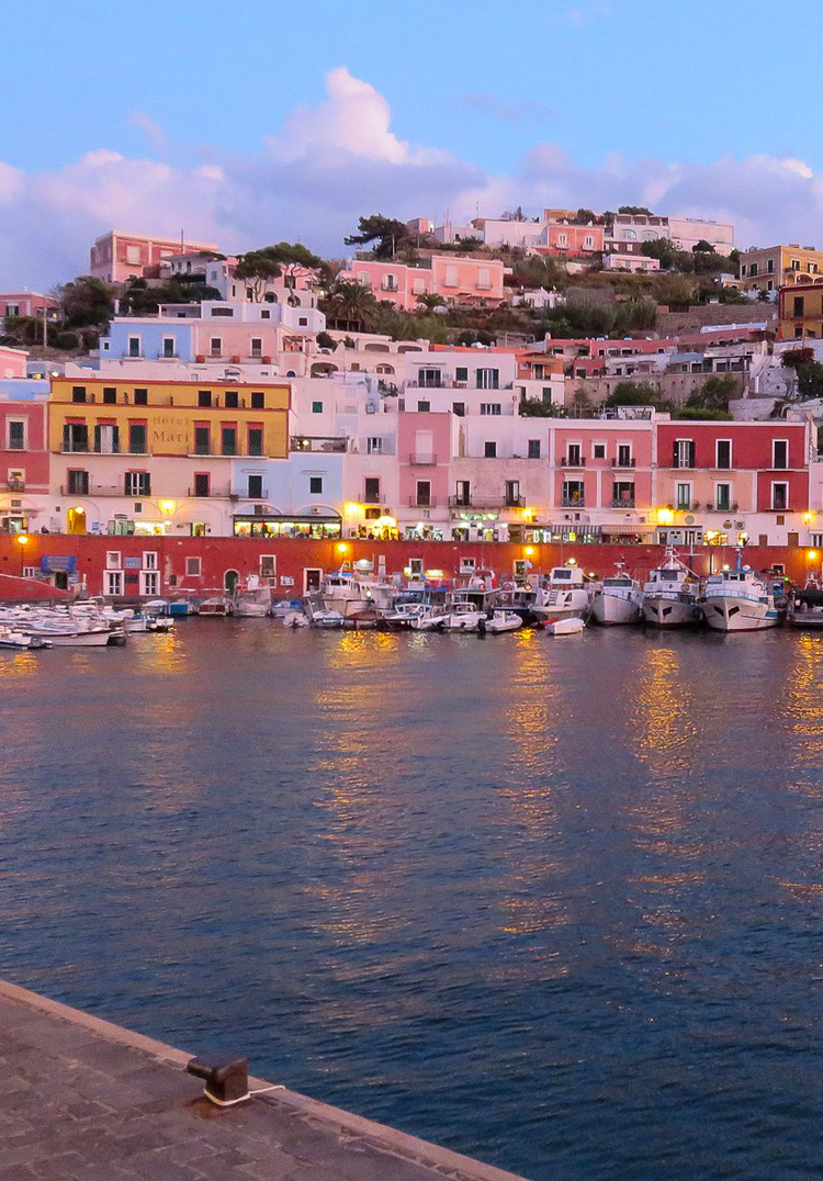 The port of Ponza at night