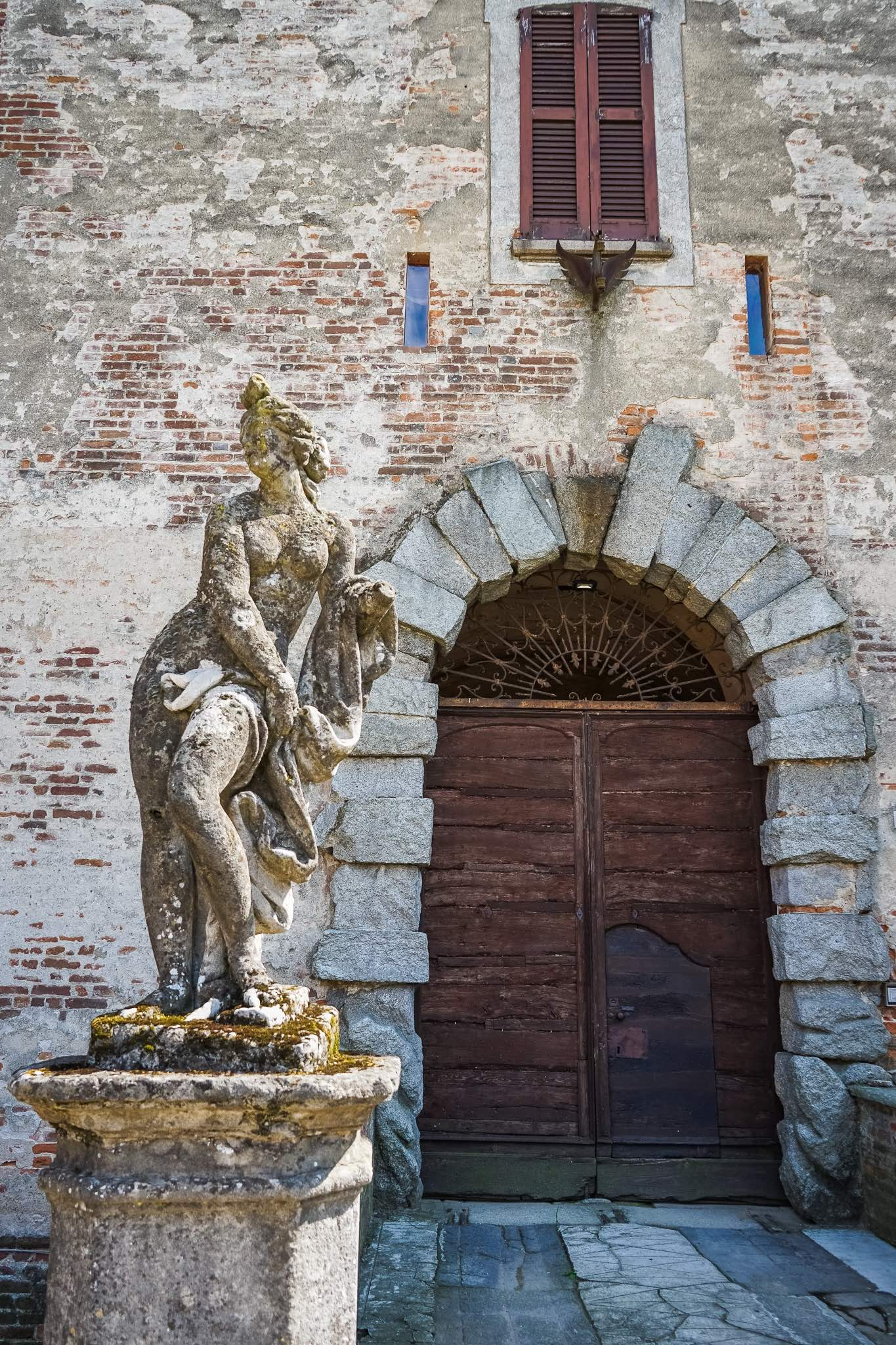 A statue in the gardens of the Castle of Chignolo Po in Lombardy