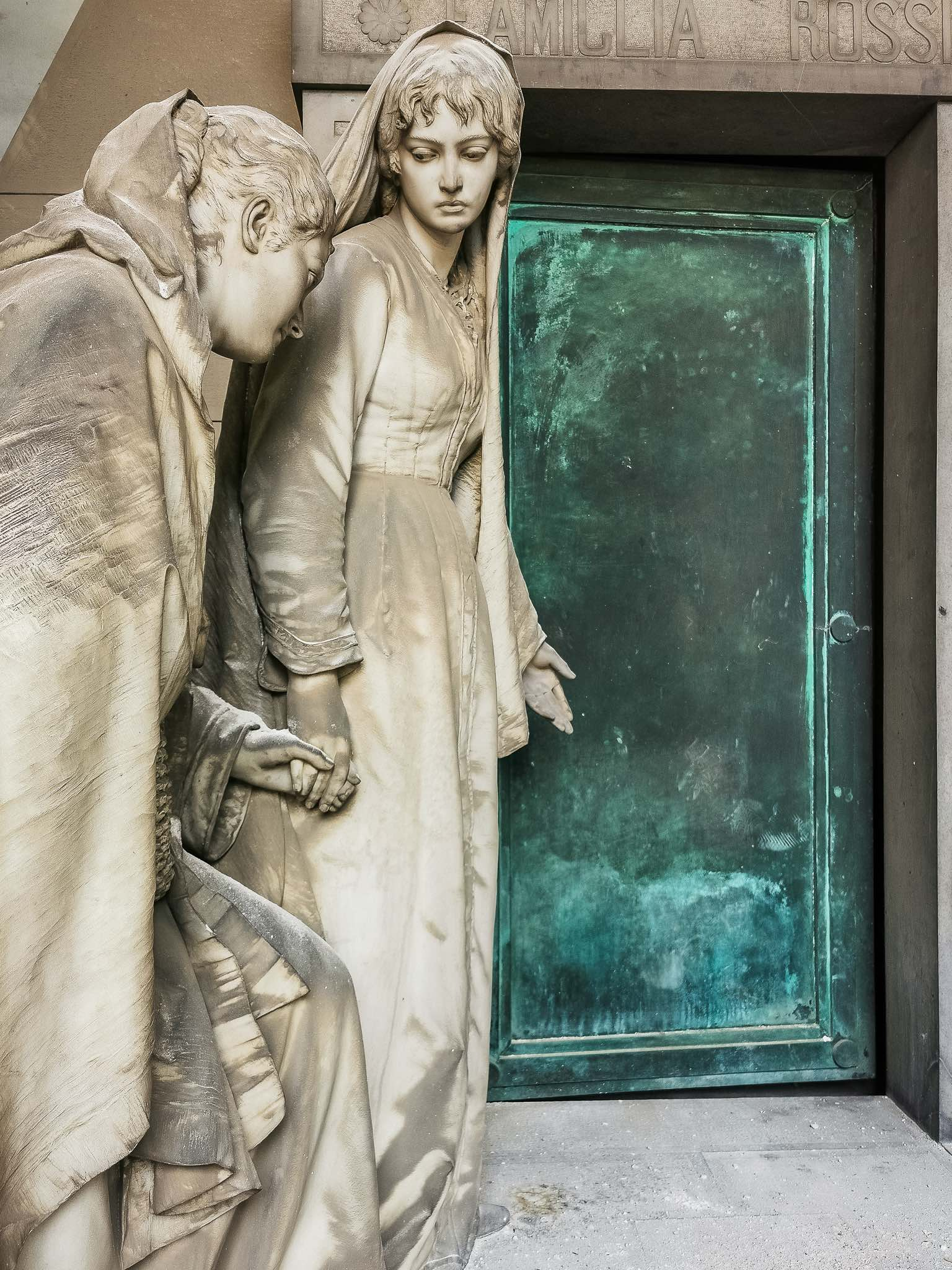 The beautiful statues of the Staglieno cemetery in Genoa