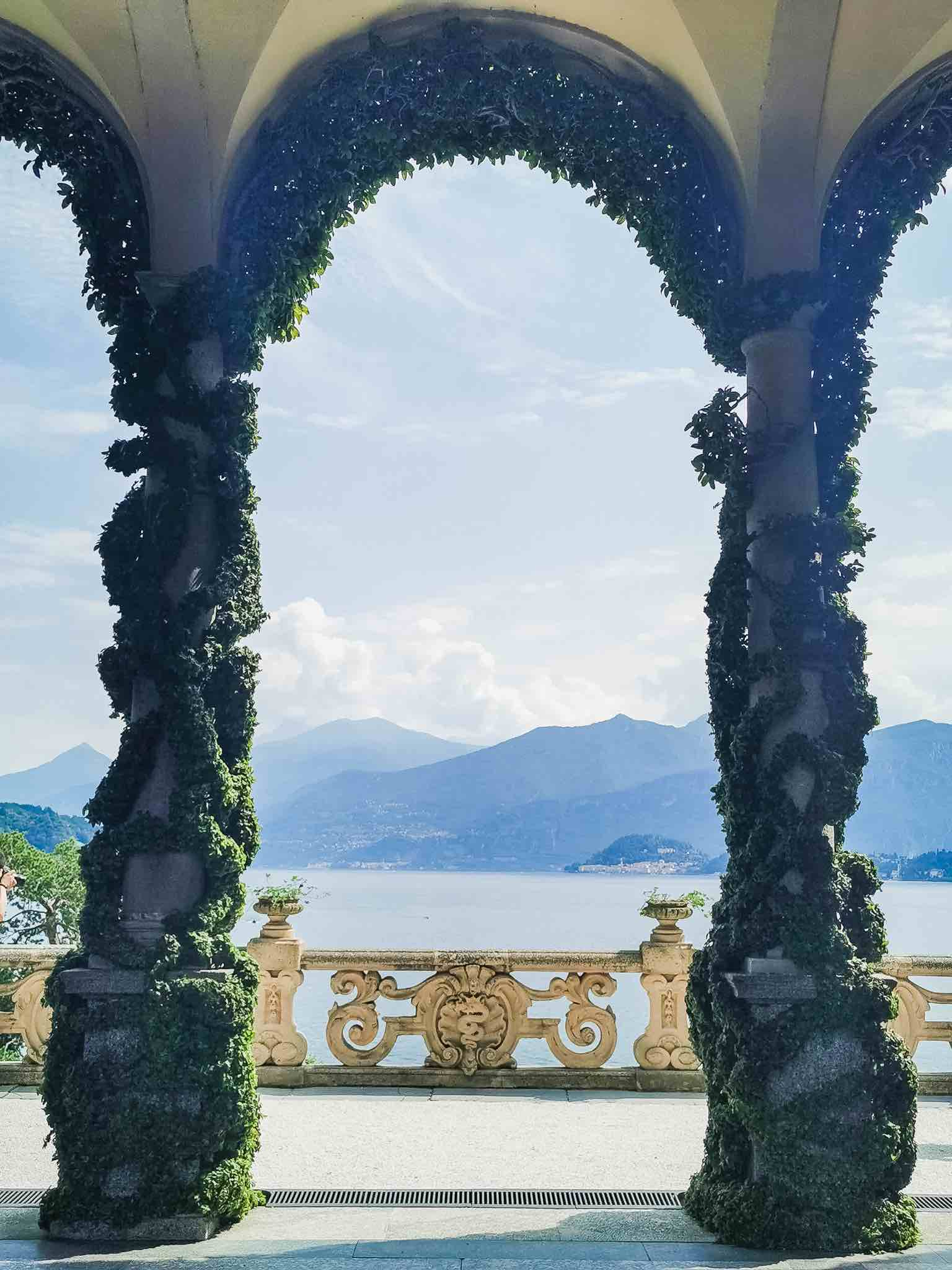 The fascinating loggia of Villa del Balbianello in Lake Como