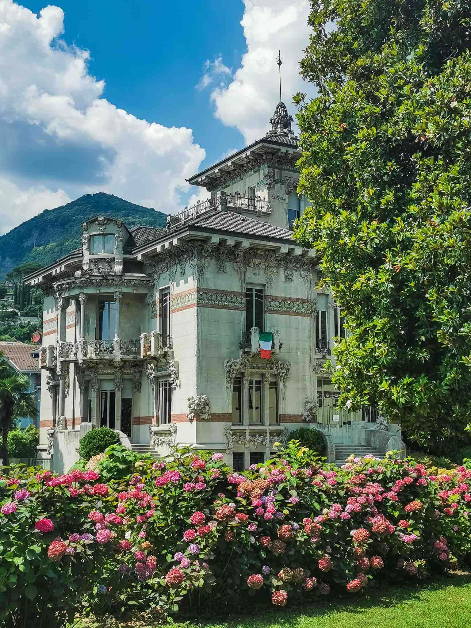 The unique facade of Villa Bernasconi, a rare example of liberty style in Lake Como