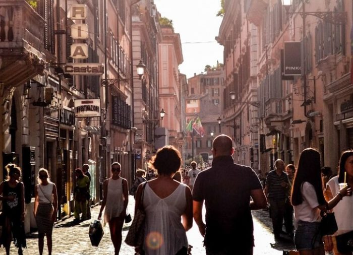 The Italian passeggiata: what exactly is that?